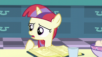 Filly Moon Dancer -you need to add the molasses first- S5E12