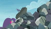 Maud Pie punching giant boulder S4E18