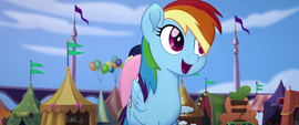 Rainbow Dash singing at front of the line MLPTM