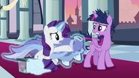 Rarity arrives with Twilight's gown S9E26
