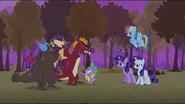 S02E21 Spike zatrzymuje smoki