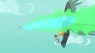 S08E11 Spike zionie ogniem na ptaka