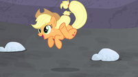 Applejack jumping for joy S5E2