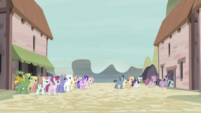 Twilight and friends about to be locked up again S5E2