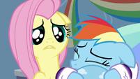 Fluttershy feels sorry for Rainbow Dash S5E5
