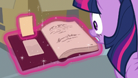 Twilight finds the library stamp card S9E5