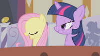 Fluttershy and Twilight in the bath S1E09