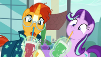 Starlight and Sunburst being force-fed smoothies S8E8