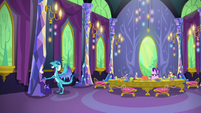 Ember continues to eat; Starlight looks annoyed S7E15