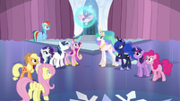 Mane Six and friends gather around Flurry Heart S6E1