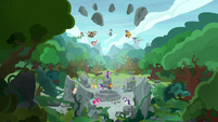 Pillars of Old Equestria are released from limbo S7E25