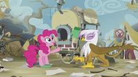 Pinkie accidentally hits Gilda by throwing her glove S5E8