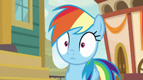 Rainbow surprised by Quibble's appearance S9E6