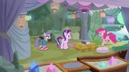 S07E04 Pinkie zostawia Maud i Starlight same