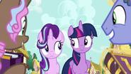 S07E14 Twilight i Starlight patrzą się na siebie
