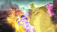 The dragons cheering S6E5