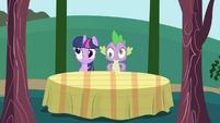 Twilight and Spike dazed S1E01