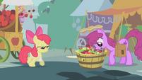 Berryshine taking an apple S1E12
