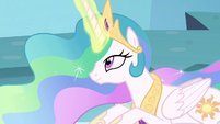 Celestia with her magic back S4E26