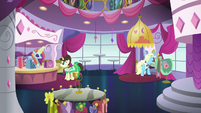 Inside the Canterlot Carousel S5E15