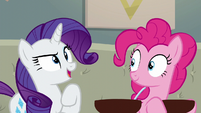 """Rarity """"I will go out and bring the crowd"""" S6E12"""