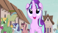 Starlight singing In Our Town S5E1