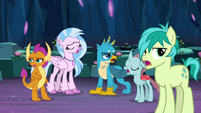 """Young 5 in unison """"naaaah"""" S9E3"""