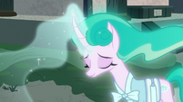 Mistmane releasing her physical beauty S7E16