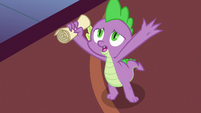 """Spike """"horsey-hives-covered foals"""" S7E3"""