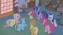 """Twilight Sparkle """"How is any of this bad?"""" S1E09"""