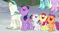 Twilight and CMC watch the Hippogriffs fly S8E6