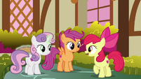 "Apple Bloom ""just stay in one place"" S9E23"