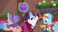 Earth mare, Merry, and Snowdash receiving presents S6E8
