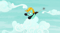 Lightning Dust gets dragged into the sky S8E20