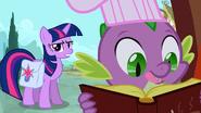 S03E12 Twilight upomina Spike'a