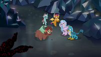 Spiders leading the young five S8E22