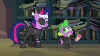 """Spike """"what was she trying to tell you?"""" S02E20"""