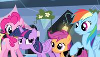 """Twilight Sparkle """"whew!"""" S4E24"""
