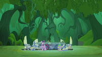 Twilight and Spike in the Everfree Forest S5E25