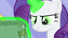 Rarity's eyes turn green S4E23.png