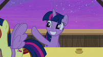 Twilight Sparkle waves goodbye to her fans S7E22