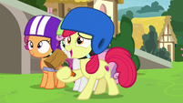 Apple Bloom gives sculpting tools to Chipcutter S7E6