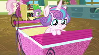 Flurry Heart sad that her drawings were erased S7E3