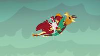 Garble crashes into armored dragon S6E5