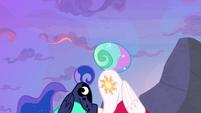 Luna and Celestia present cutie marks S9E13