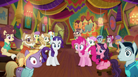 Pinkie, Rarity, and ponies speechless S6E12
