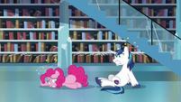 Pinkie Pie and Shining Armor feeling dizzy S6E2