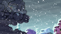 Rainbow Dash clearing the storm clouds S6E2