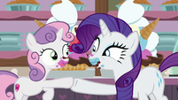 Rarity and Sweetie Belle hoof-bump S7E6