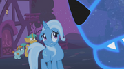 1000px-Trixie 'stand back' S01E06.png